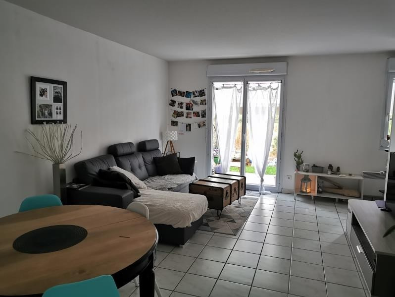 Rental apartment Vendome 485€ CC - Picture 2