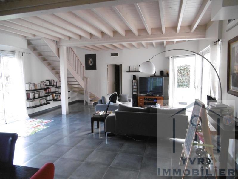 Sale house / villa Change 468000€ - Picture 1