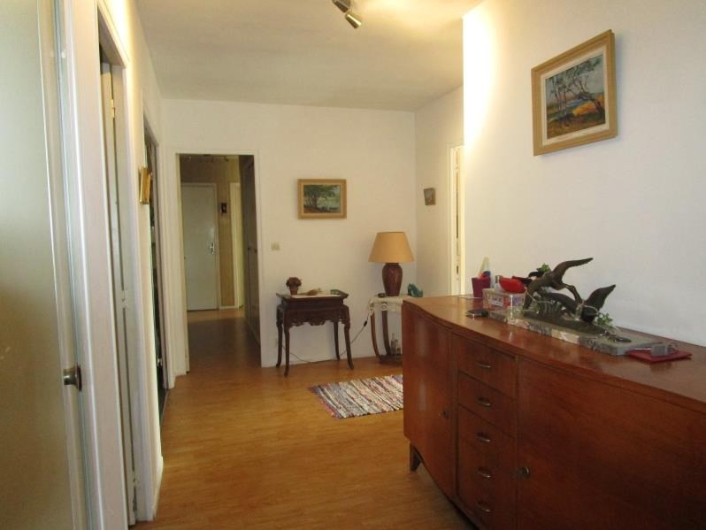 Sale apartment Pau 234 500€ - Picture 1