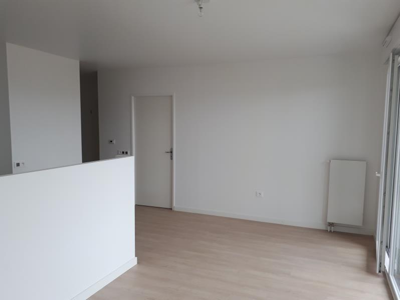 Rental apartment Jouy le moutier 895€ CC - Picture 5