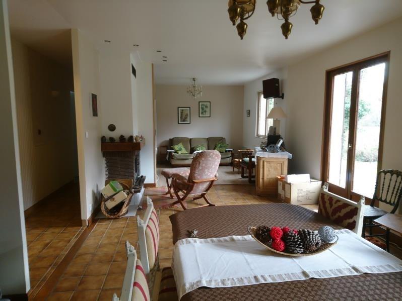 Sale house / villa Castelnau de medoc 235000€ - Picture 2