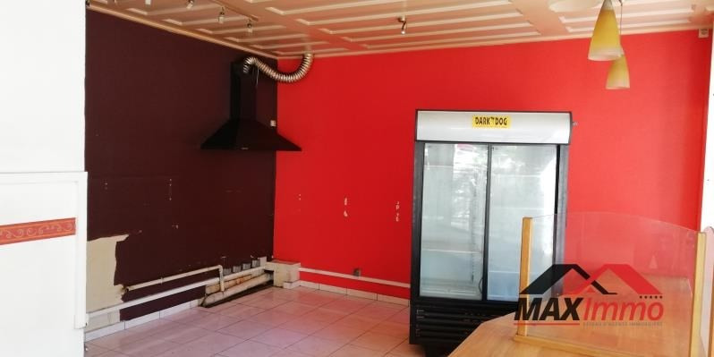 Vente local commercial Le tampon 172000€ - Photo 2