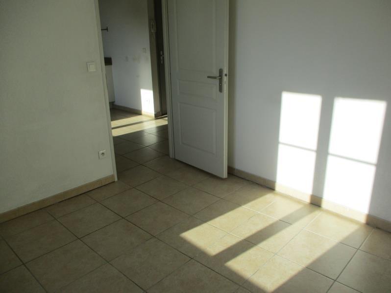 Location appartement Salon de provence 506€ CC - Photo 4