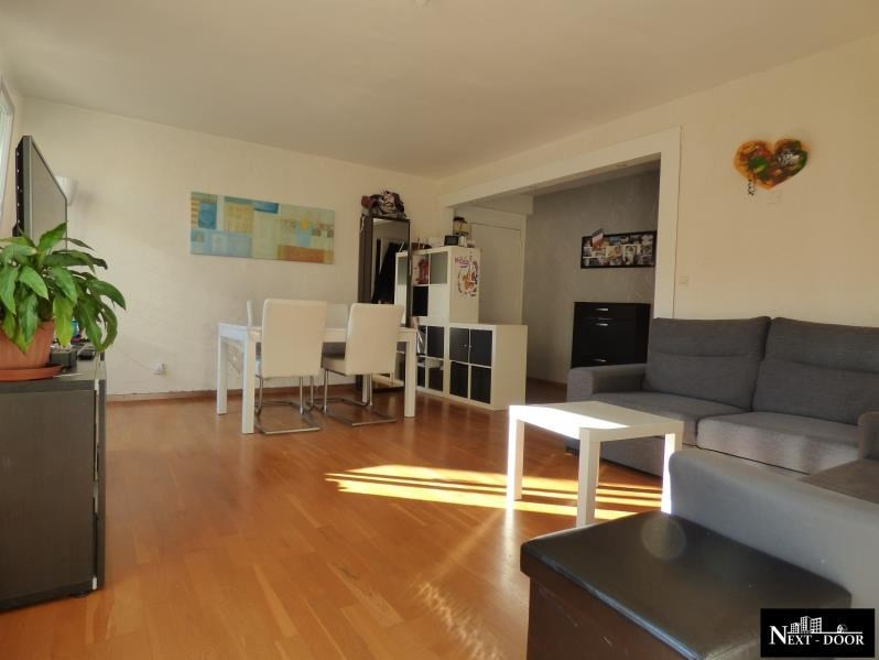 Sale apartment Maurepas 247 000€ - Picture 1