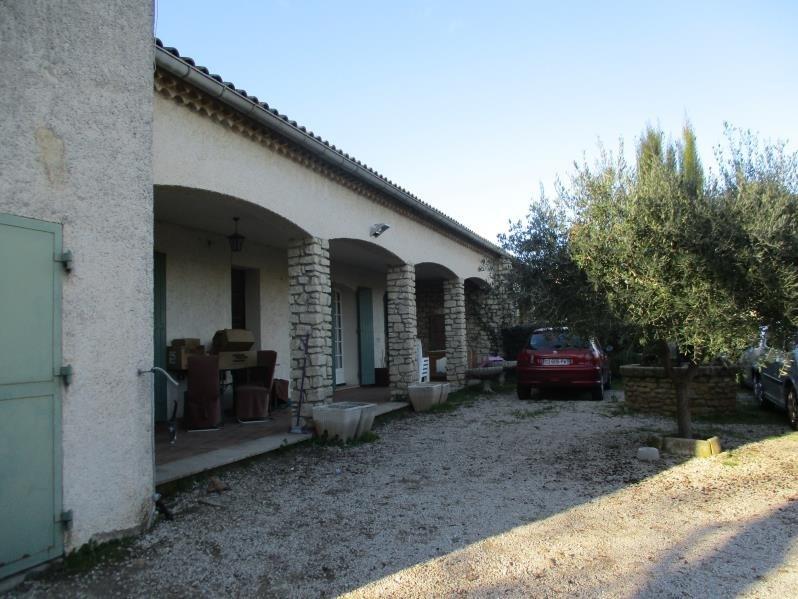 Location maison / villa Salon de provence 1170€ CC - Photo 10
