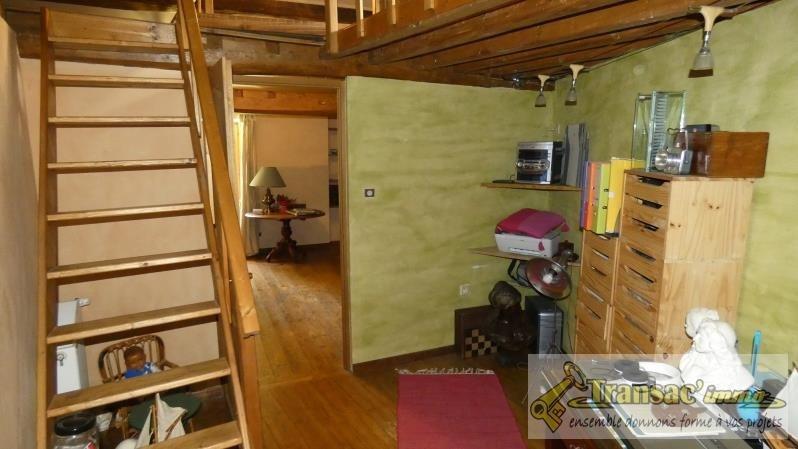 Sale house / villa Ceilloux 180000€ - Picture 4