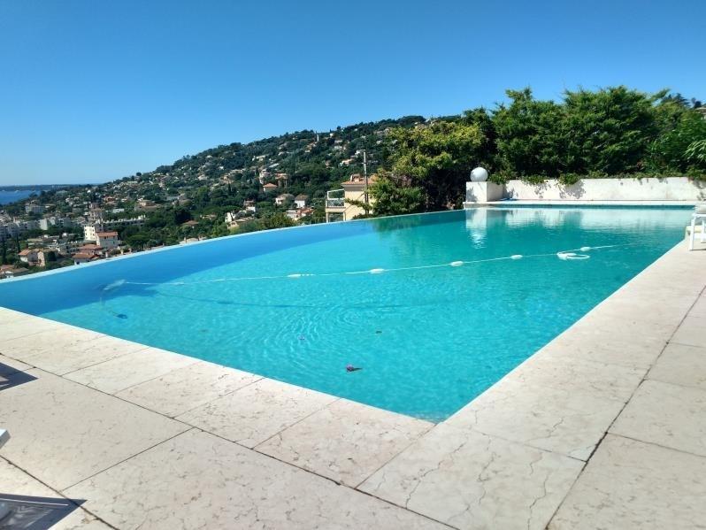 Deluxe sale house / villa Golfe juan 2450000€ - Picture 3