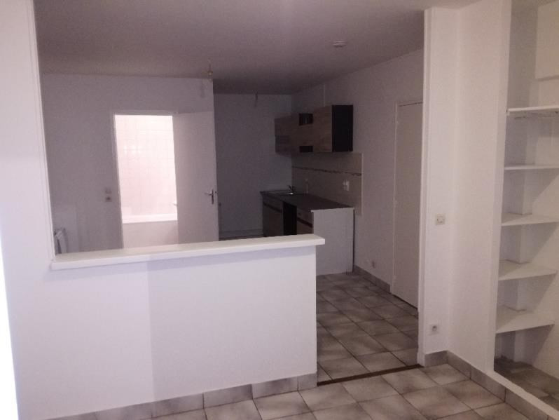 Location appartement Montfermeil 675€ CC - Photo 3