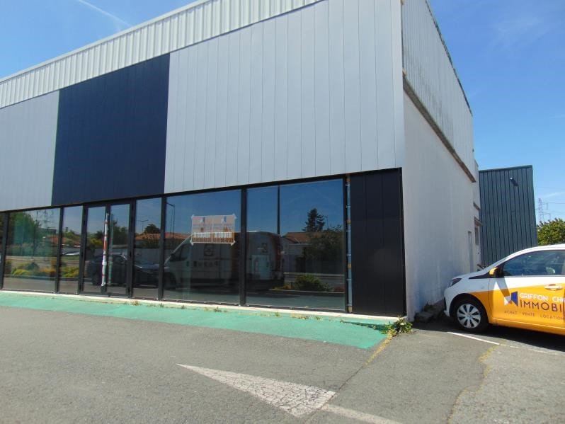 Rental office Cholet 1734€ HC - Picture 1
