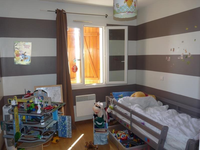 Sale house / villa Roquefort 160000€ - Picture 6