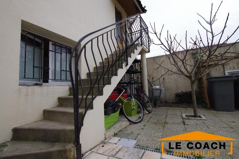 Investment property building Bondy 799000€ - Picture 1