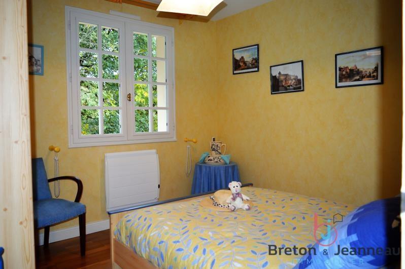 Sale house / villa Nuille sur vicoin 197600€ - Picture 5