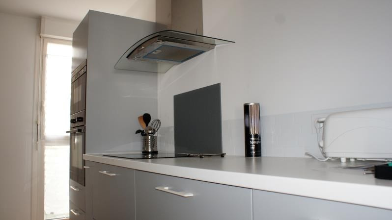 Sale apartment St raphael 209000€ - Picture 2