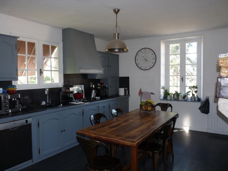 Sale house / villa Laplume 315000€ - Picture 4