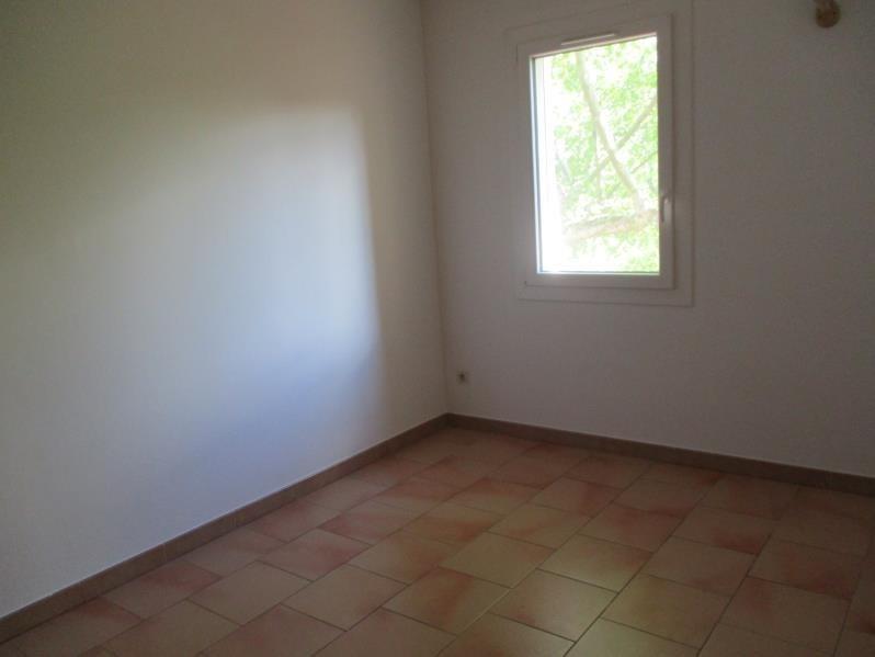 Rental house / villa Salon de provence 1258€ CC - Picture 9