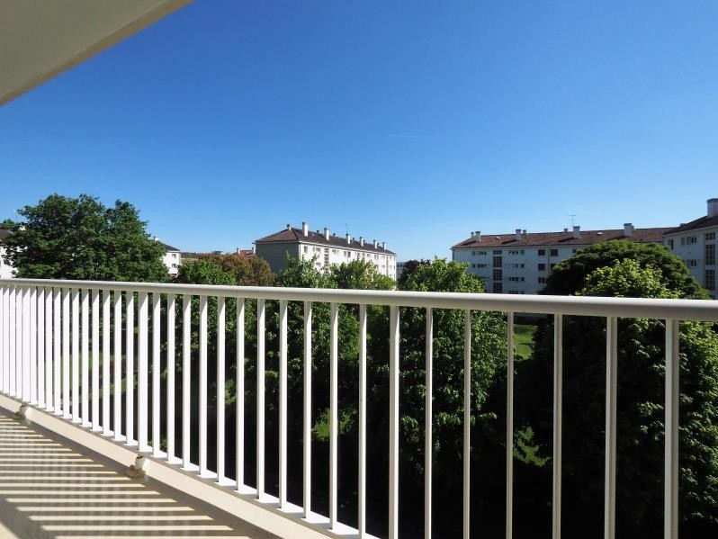 Sale apartment Bois d'arcy 176400€ - Picture 1