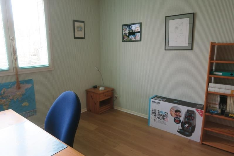 Revenda casa Voisins le bretonneux 686400€ - Fotografia 9