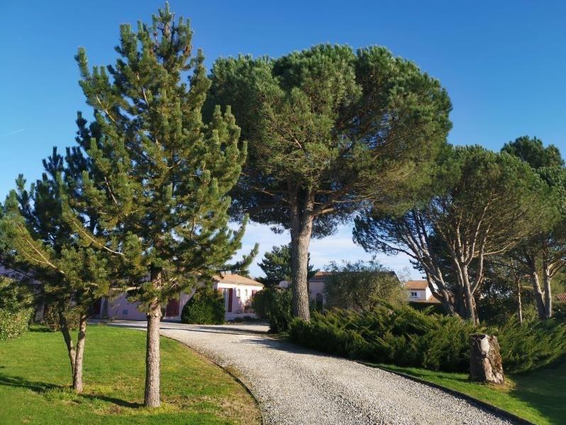Sale house / villa La lande de fronsac 368500€ - Picture 2