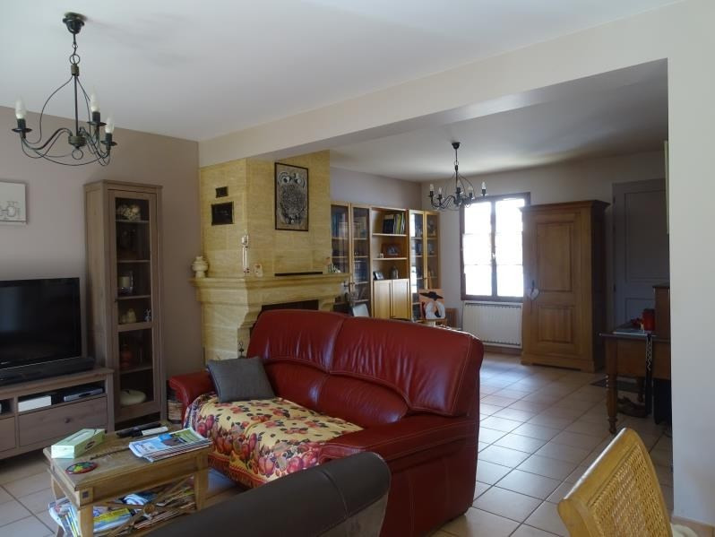 Sale house / villa Chambly 325 000€ - Picture 2