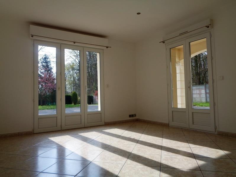 Location maison / villa Angervilliers 1300€ CC - Photo 4