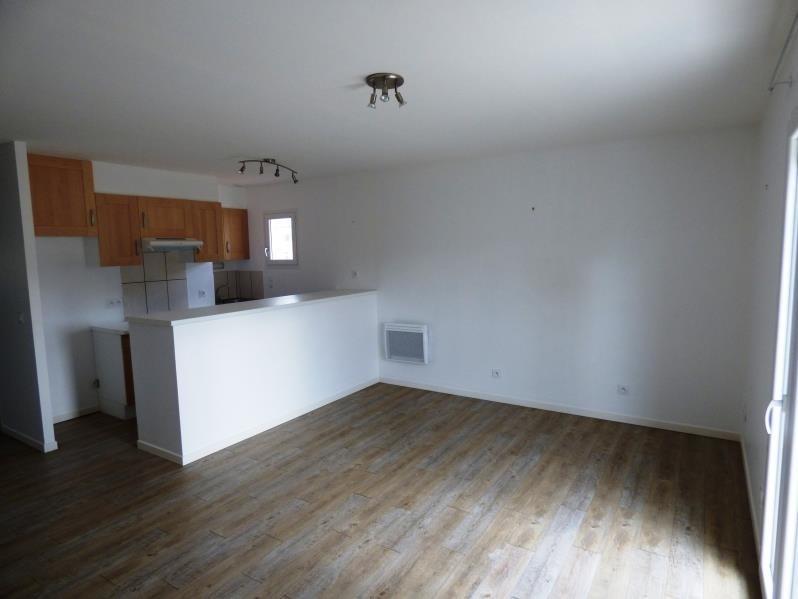 Rental apartment Aussillon 440€ CC - Picture 1