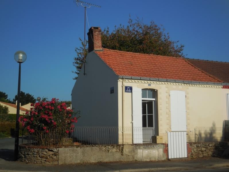 Rental house / villa Nesmy 400€ CC - Picture 1