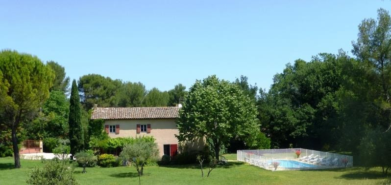 Deluxe sale house / villa Venelles 730000€ - Picture 1