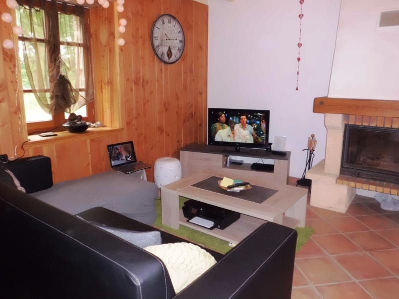 Location maison / villa Noailhac 730€ CC - Photo 3