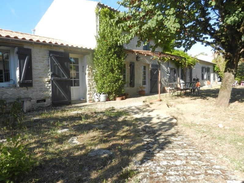 Sale house / villa La rochelle 335900€ - Picture 1