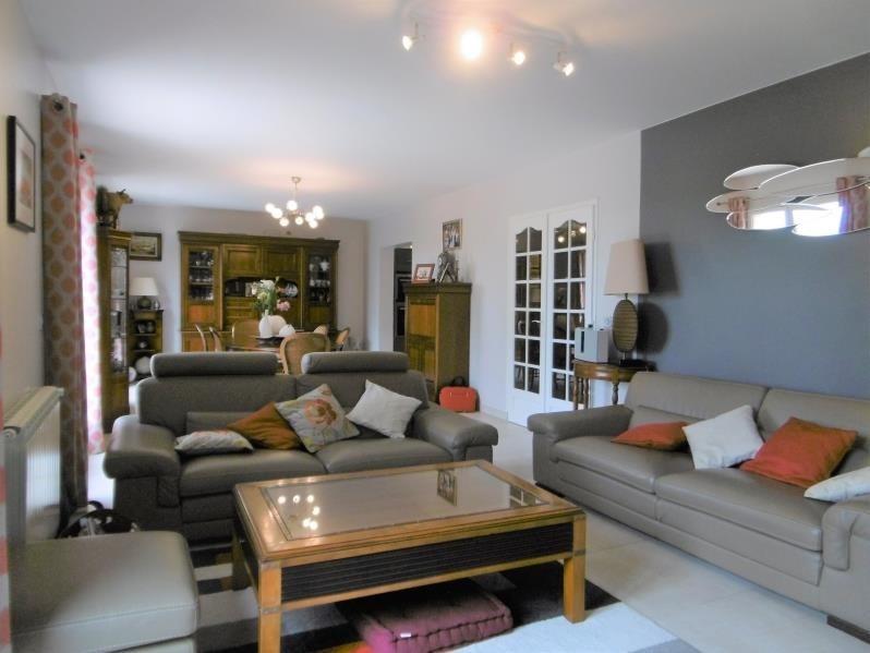 Sale house / villa Forges les bains 455000€ - Picture 2