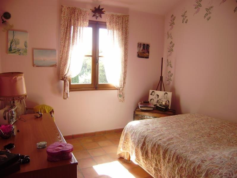Deluxe sale house / villa Salon de provence 574000€ - Picture 10