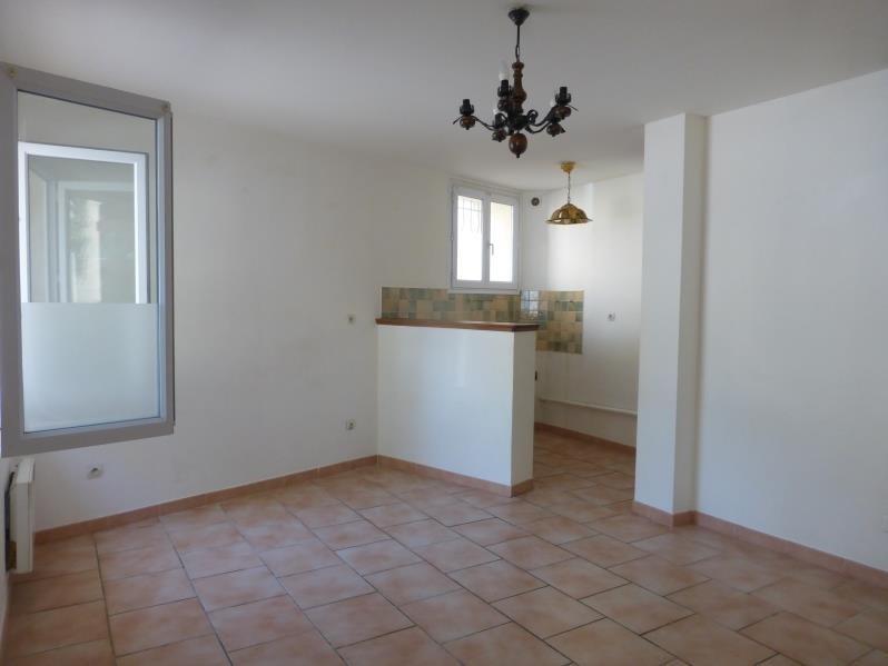 Rental house / villa Seillons source d'argens 598€ CC - Picture 1
