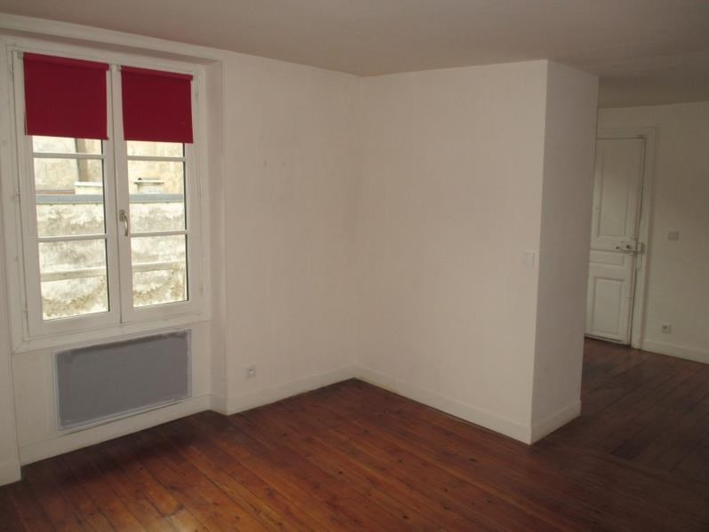 Sale apartment Versailles 201 000€ - Picture 2