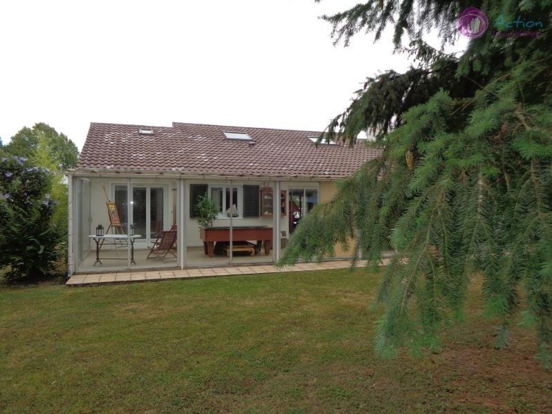 Sale house / villa Lesigny 425000€ - Picture 1