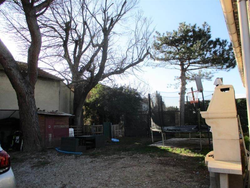Location maison / villa Salon de provence 1170€ CC - Photo 9