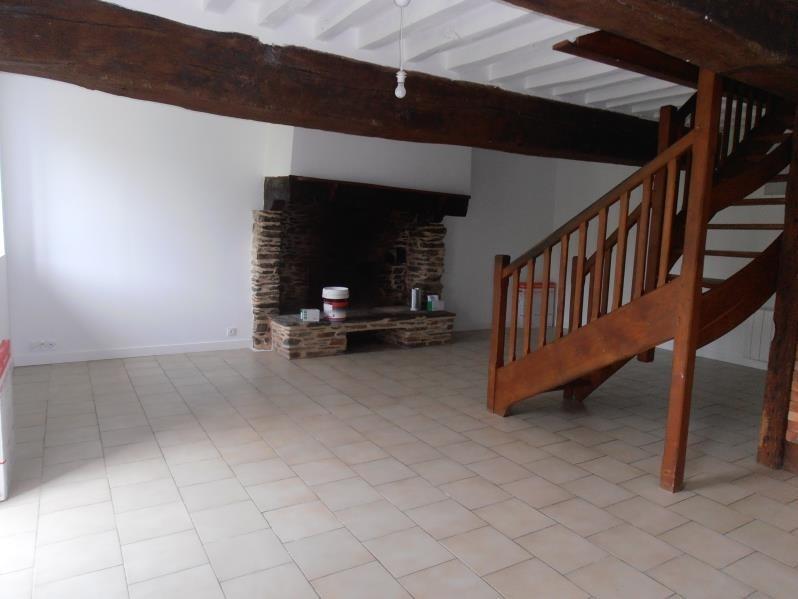 Location maison / villa Saint didier 725€ CC - Photo 3