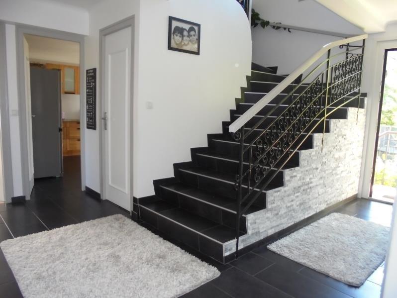 Sale house / villa Cluses 489000€ - Picture 2