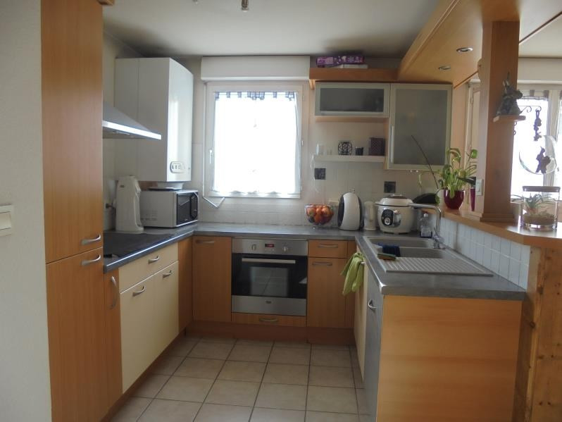 Sale apartment Thyez 207000€ - Picture 3