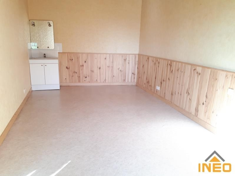 Location maison / villa La meziere 650€ CC - Photo 4