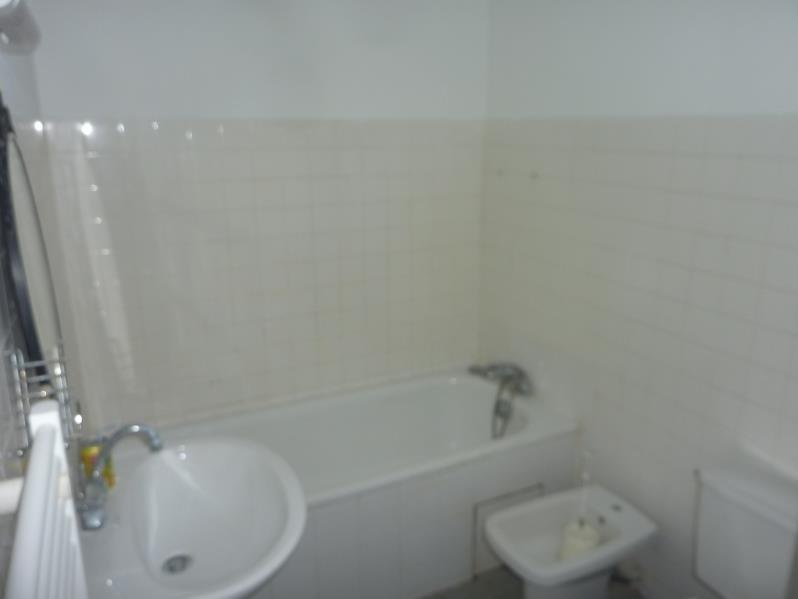 Location appartement Marseille 6ème 450€ CC - Photo 3