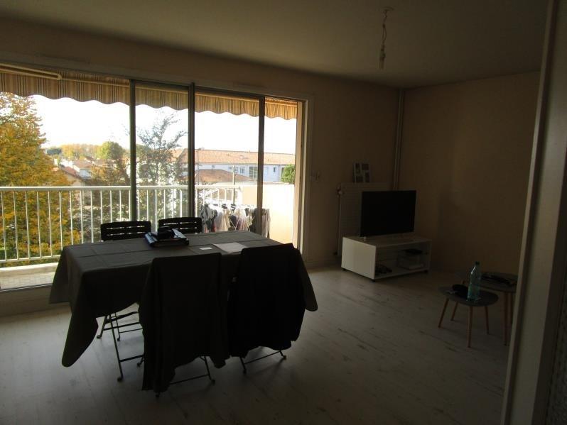 Sale apartment Niort 89900€ - Picture 2