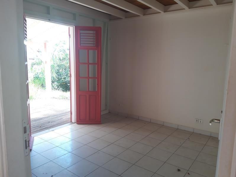 Sale house / villa Ste anne 215000€ - Picture 6