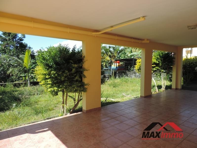 Location maison / villa St benoit 980€ CC - Photo 3