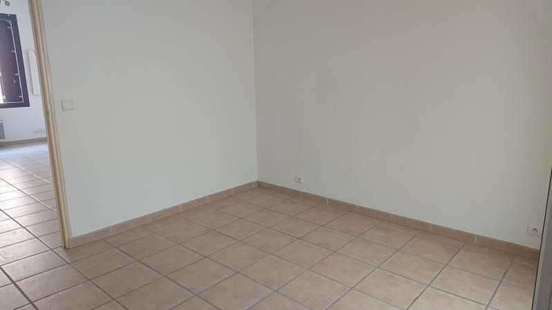 Location appartement Nimes 450€ CC - Photo 6