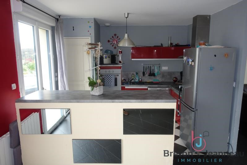 Sale house / villa La baconniere 156 000€ - Picture 3