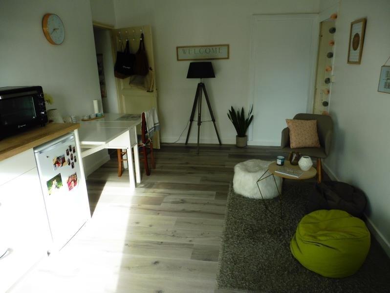 Rental apartment Beaupreau 360€ CC - Picture 2