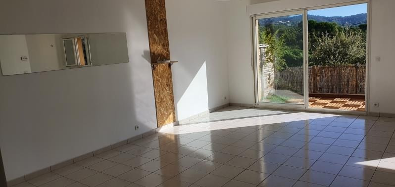 Location maison / villa Les issambres 1456€ CC - Photo 5