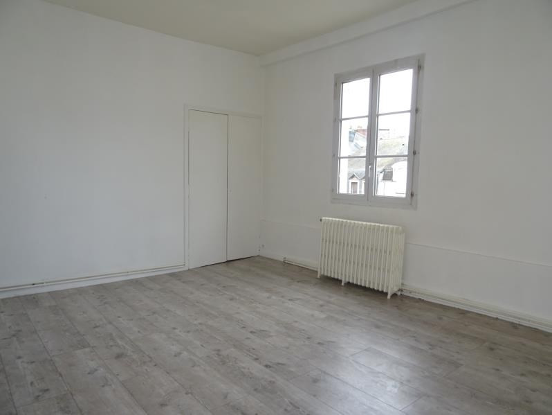 Sale apartment Angers 278 500€ - Picture 2