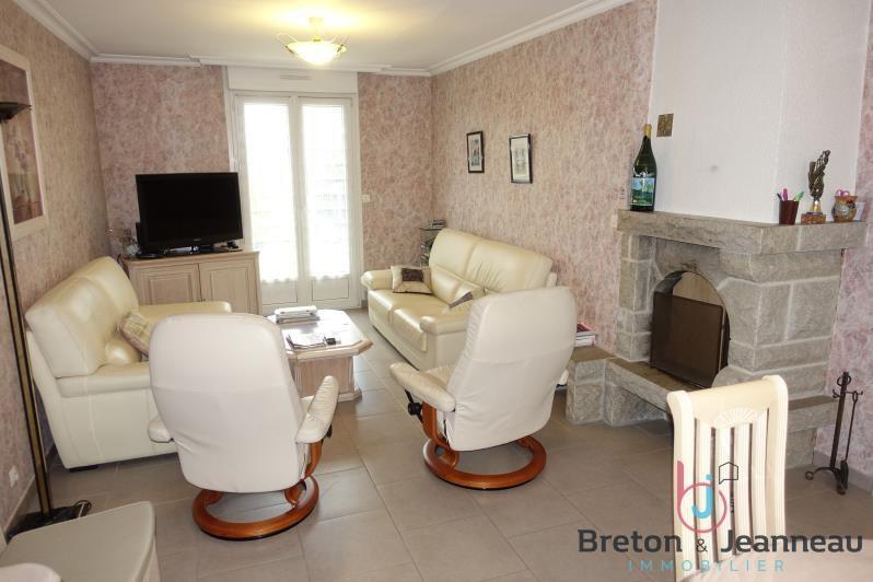 Sale house / villa La baconniere 166400€ - Picture 2