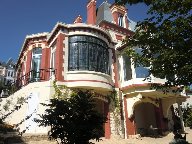 Deluxe sale house / villa Vaucresson 3 400 000€ - Picture 2